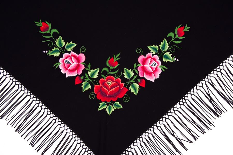 Mała chusta z tradycyjnym haftem czerwonych i różowych róż
