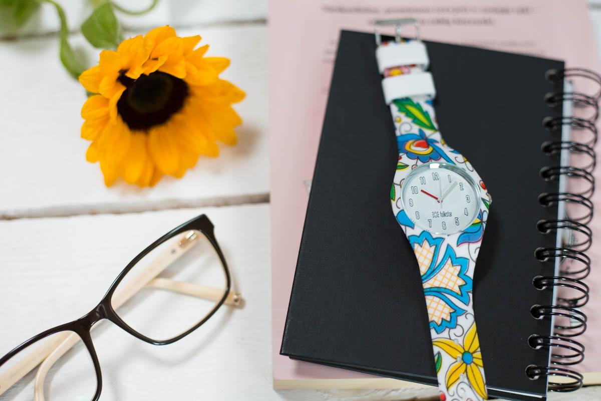 Zegarek na rękę w kaszubski deseń