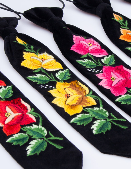 Ludowe krawaty męskie
