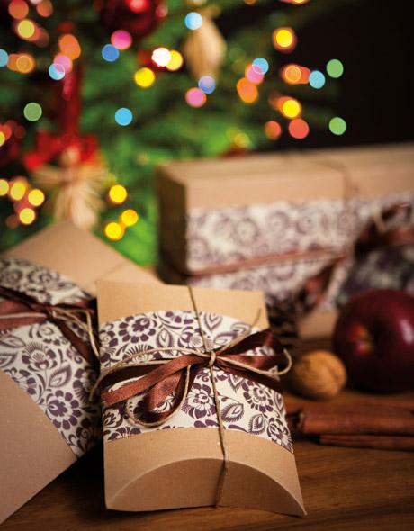 FOLK opakowania prezentów mikołajkowych