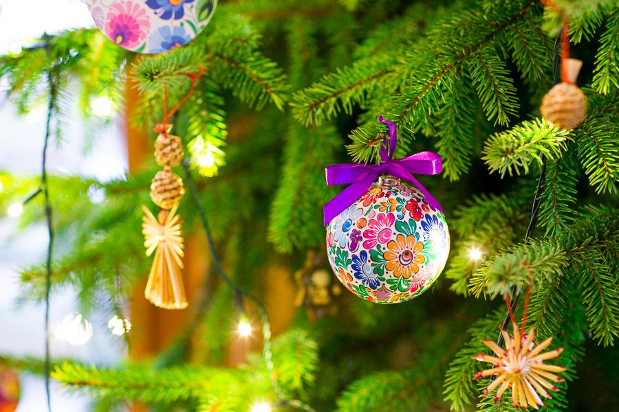 Dekoracje świąteczne w ludowe wzory opolskie
