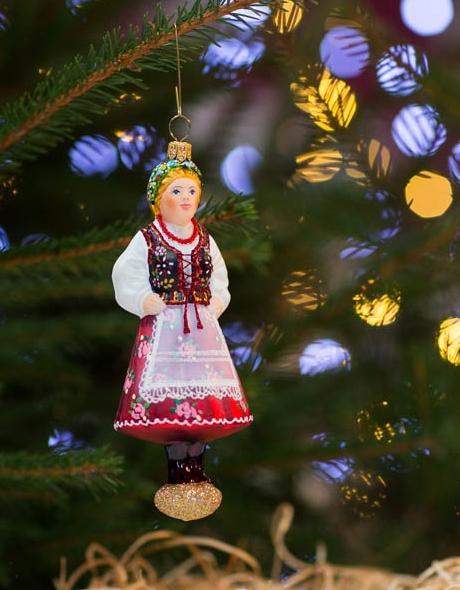 Dekoracje świąteczne - bombka krakowianka w stroju ludowym