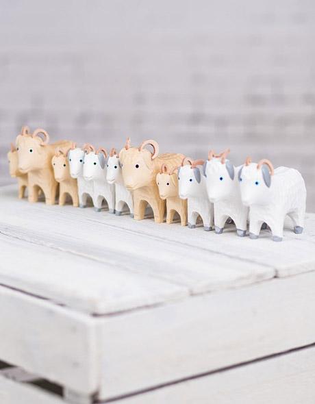 Tradycyjne drewniane zabawki - wiejska zagroda