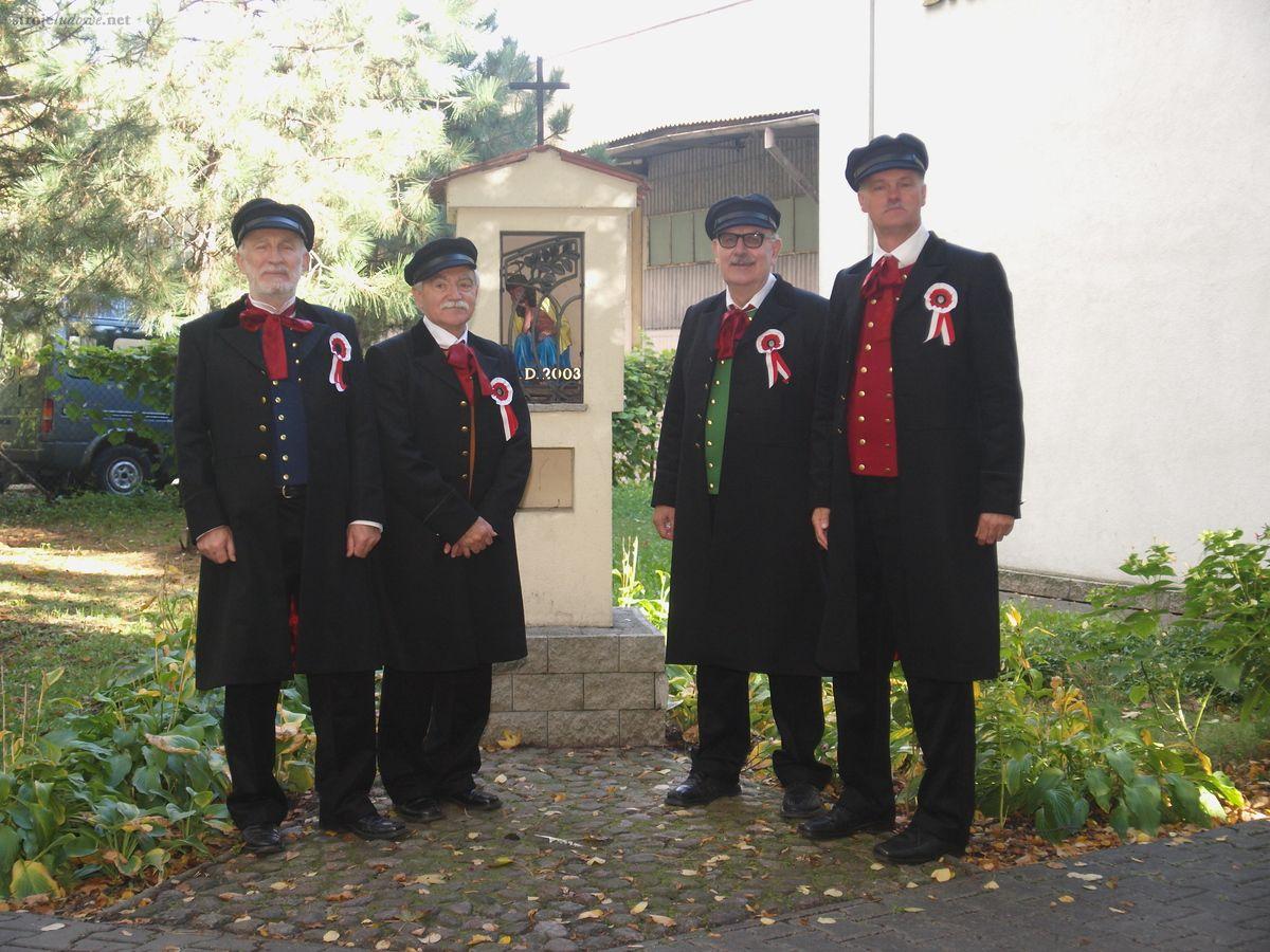 Zrekonstruowany męski strój bamberski