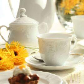 Porcelanowa filiżanka do kawy z Ćmielowa