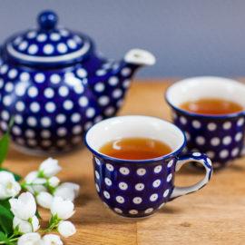 Ceramika Bolesławiec dzbanek i filiżanki w tradycyjne groszki
