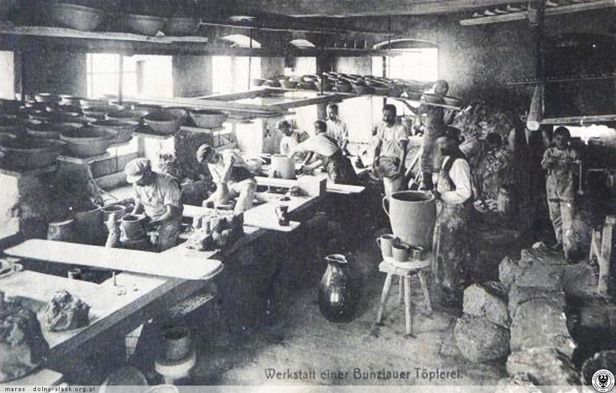 Bolesławiec, wnętrze zakładu garncarskiego rok 1912