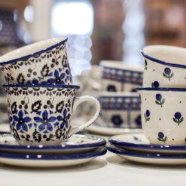 Ceramika Bolesławiec - filiżanki do espresso - wzór jagódki i polne kwiaty