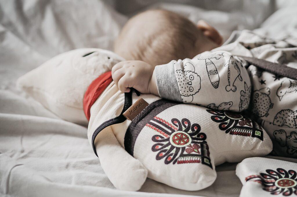 Folk szumisie to idealny pomysł na prezent dla rodziców małych dzieci