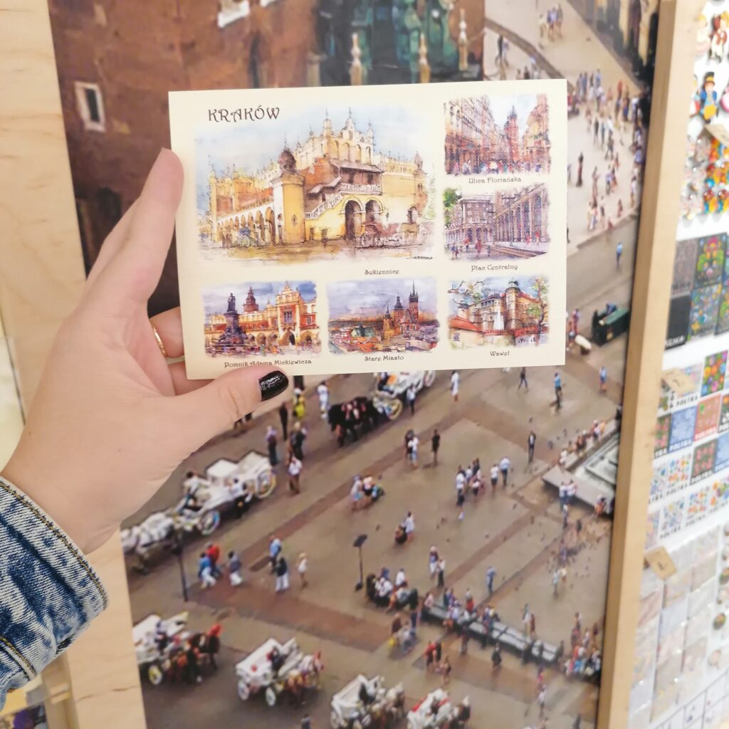 Pamiątki z Krakowa do kupienia w sklepie Folkstar - pocztówki z zabytkami Krakowa